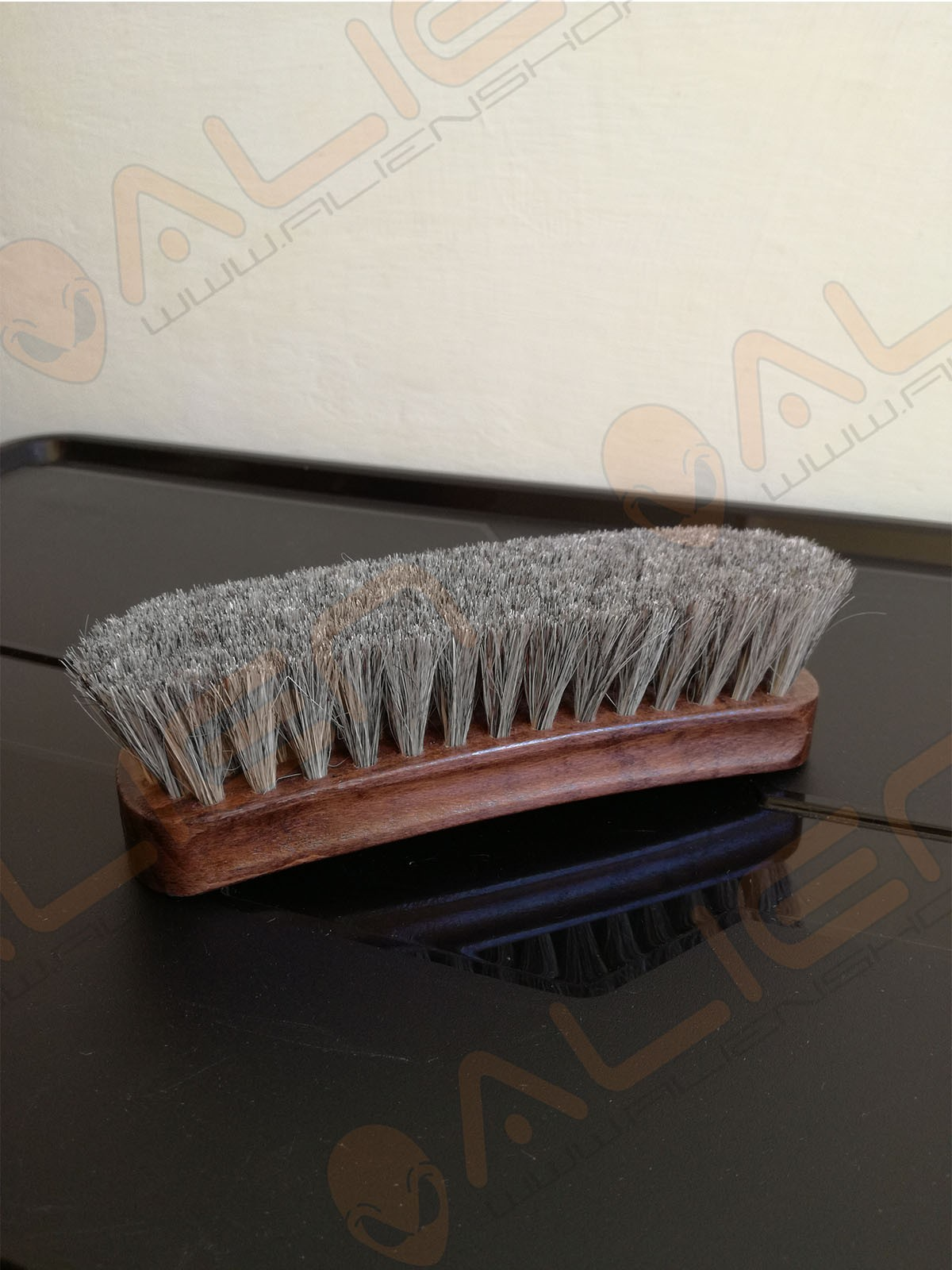HORSEHAIR BIG BRUSH